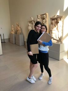 MDYHS 9th graders in the Greek galleries at the Met